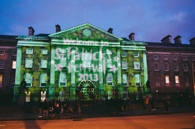 st-patricks-day-dublin-green-trinity-college